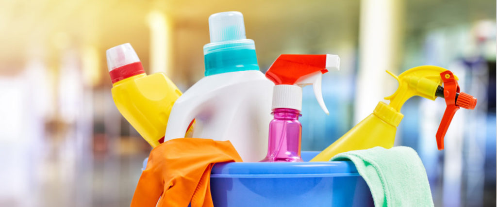 professional cleaning knowledge. These are the main benefits of hiring a cleaning service.